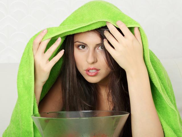 На фото: Распарить нос в домашних условиях
