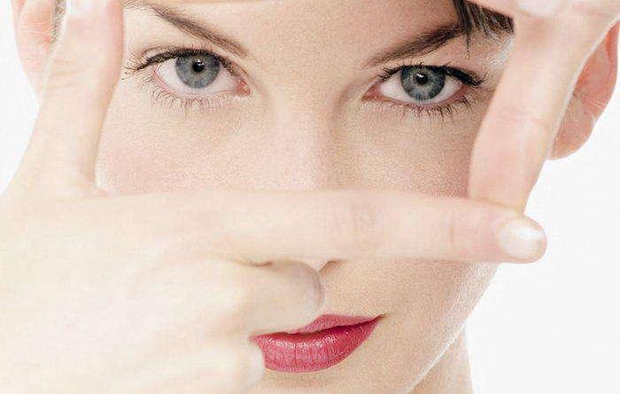 Лечим аллергию на глазах так, чтобы не скрываться под очками