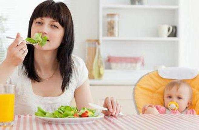 Чем питаться кормящей маме?