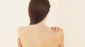 Способы лечения воспаленных жировиков на спине