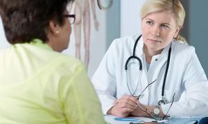 Диагностика и медицинские методы удаления жировиков на ногах