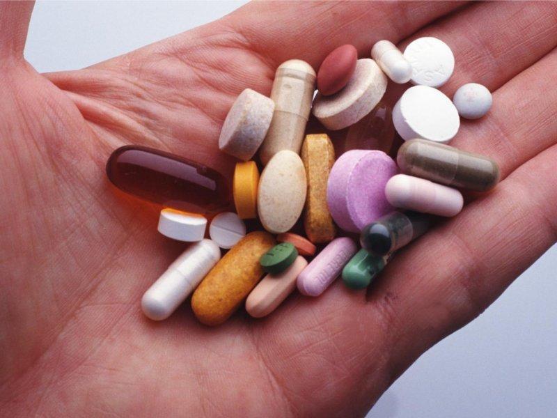 На фото: таблетки от грибка