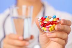 Применение таблеток и антибиотиков при угревой сыпи