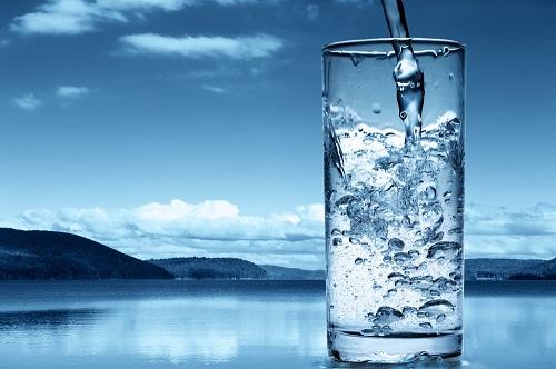 На фото: Вода