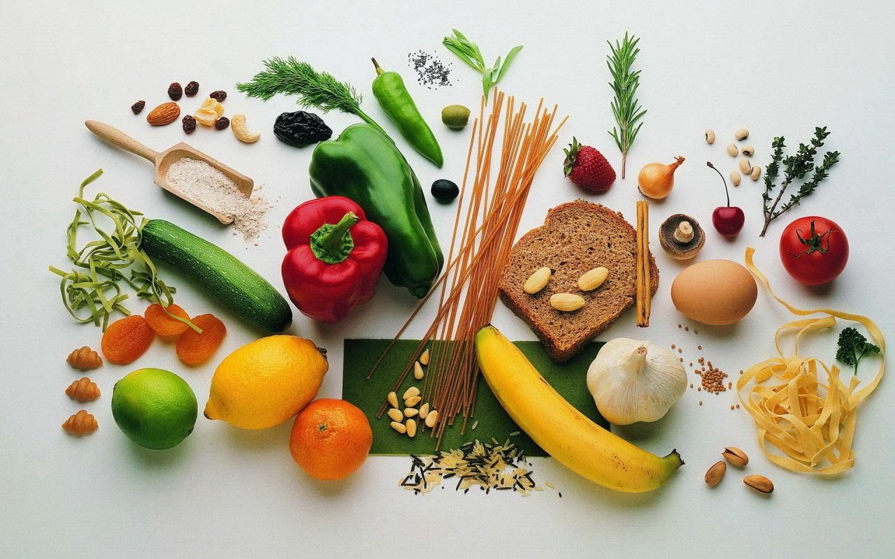 На фото: полезные продукты